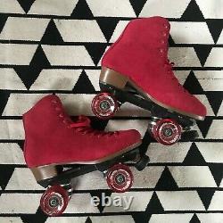New-Sure grip Boardwalk-Outdoor Roller Skates-womens sz 9 RED suede retro style