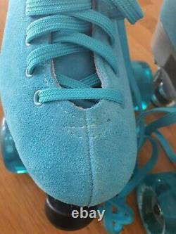 Rollerskates womens size 40 high quality aqua suede