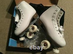 Sure Grip International LADIES SIZE 7 / White Roller Skates FAME / NEW