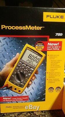 Fluke 789 Mètres De Process Avec Jeu D'accessoires Suregrip Mètre Mallette De Transport