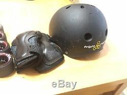Sure-grip Black Rebel Patins À Roulettes Taille 10 Article # Sg-6888 Supplémentaire De Nouvelles Roues